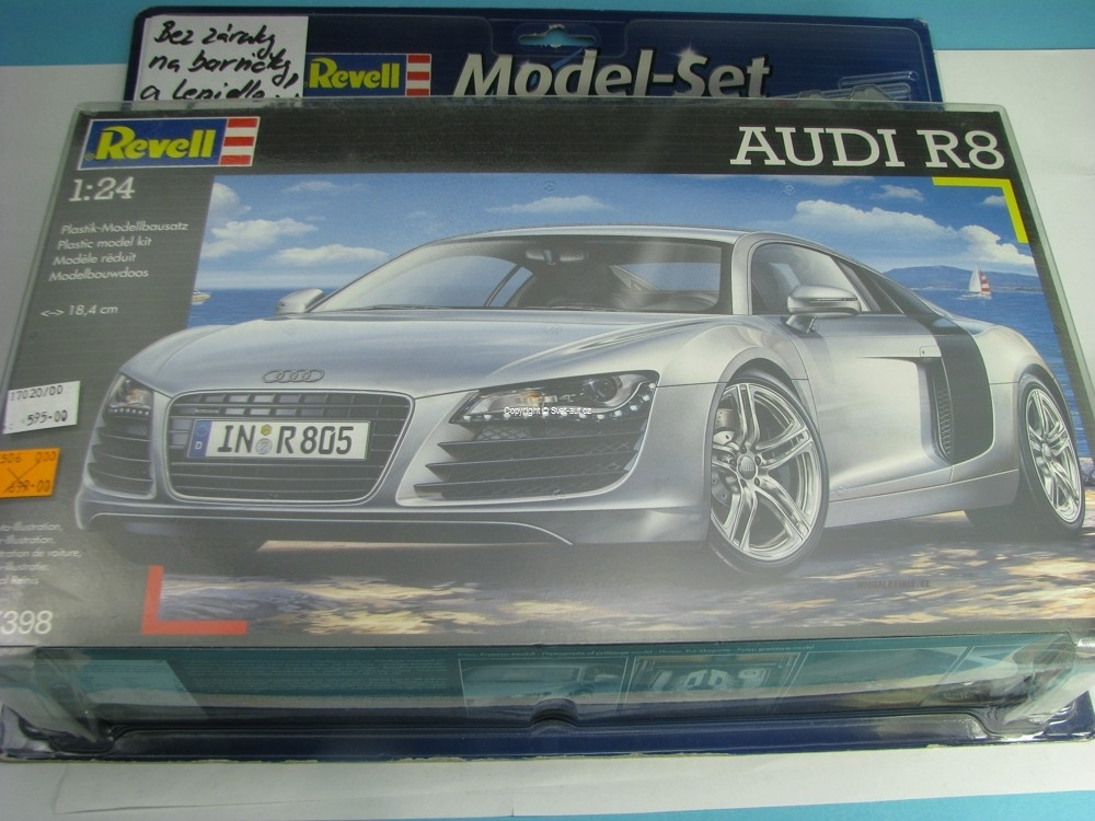 Audi R8 Model-set Kit 1:24 Revell